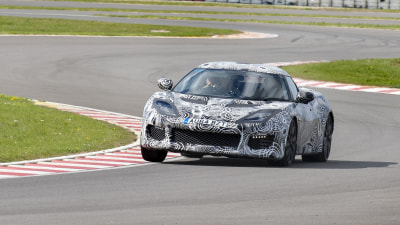Lotus Evora 400 Demolishes Old Model's Hethel Lap Record