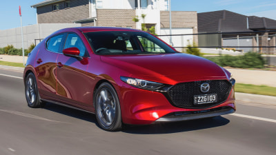 2019 Mazda3 G20 Evolve Hatch Ponch says, Ali says
