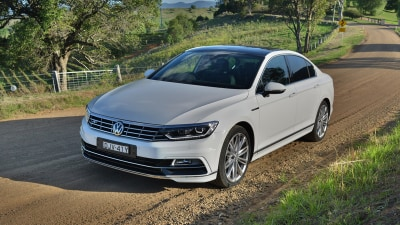 2017 Volkswagen Passat 206TSI R-Line Review - Performance Sedan Is A Quality All-Rounder
