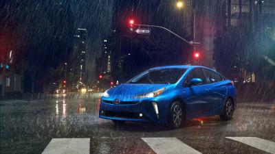 Toyota reveal 2019 Prius in LA