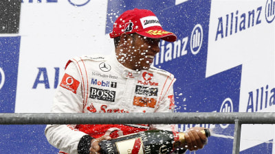 F1: Hamilton Denies Red Bull, Ferrari Rumours