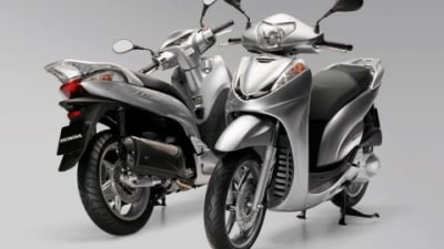 Honda Motorcycles Releases SH300i Scooter