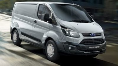 2017 Ford Transit adds automatic