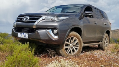 2016 Toyota Fortuner REVIEW - GX, GXL And Crusade - Toyota's Tough New Benchmark