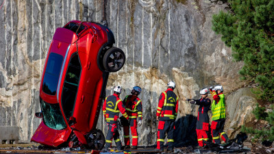 Volvo crash tests cars in a 30-metre free-fall