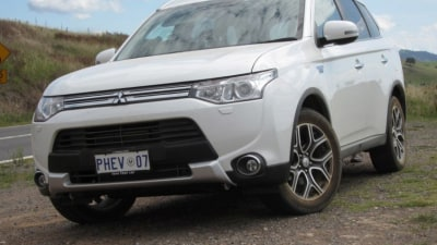 2014 Mitsubishi Outlander PHEV Review: The Fuel Economy Run