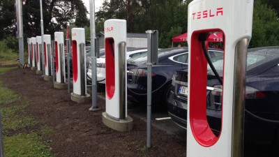 Tesla Superchargers already accessible to other electric cars, Elon Musk claims