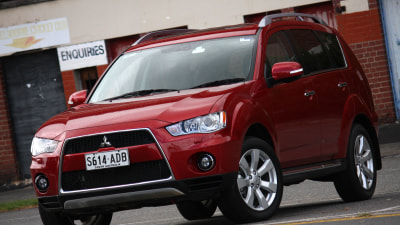 2010 Mitsubishi Outlander VRX Road Test Review