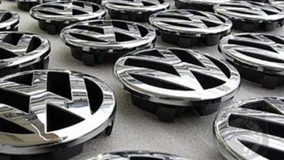 Volkswagen looks to new platforms to challenge Toyota
