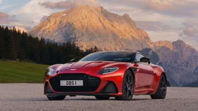 Aston Martin DBS Superleggera 2018 Review