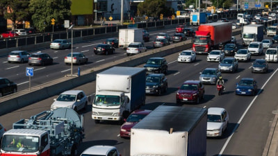 How much road congestion really costs