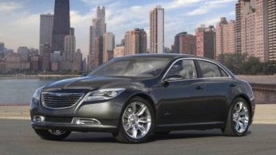 Chrysler 200C EV Concept Makes Detroit Debut