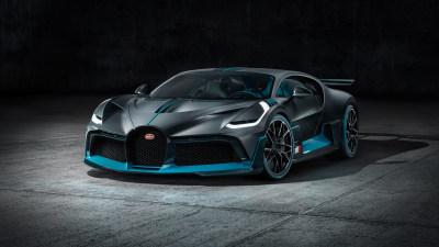 Bugatti debuts Divo track car