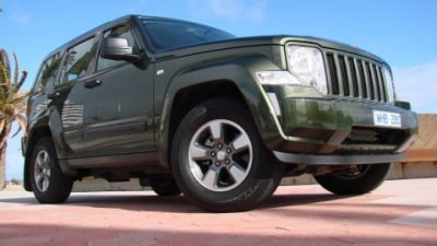 Chrysler LLC To Idle Plants For A Month