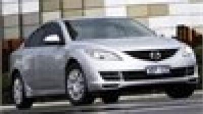 Battle lines drawn: Mazda6 v Toyota Camry