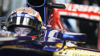 F1: Kvyat Revealed As Toro Rosso Racer in 2014, Marko Says 'No Risk'