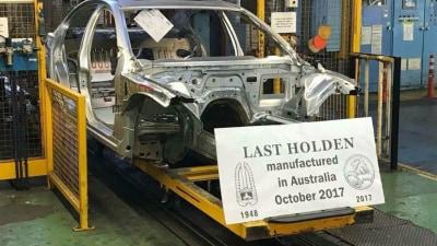Holden Begins Building Last Commodore