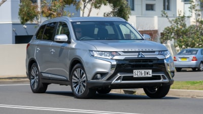 Mitsubishi Outlander LS 2018 new car review