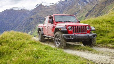 Jeep Gladiator ute arrives in Australian showrooms