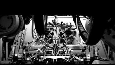 New 2014 Chevrolet Corvette Clip Teases Manufacturing Process