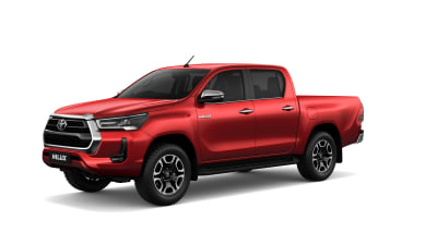 New Toyota Hilux: official photos, more power, due in August