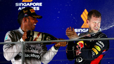 2014 Singapore F1 GP: Hamilton Takes Championship Lead With Dramatic Win