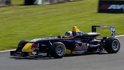 F1: Daniel Ricciardo Lands Red Bull F1 Car Test