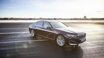BMW unveils new 745e xDrive plug-in hybrid