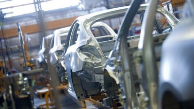 Holden on: a manufacturing dilemma