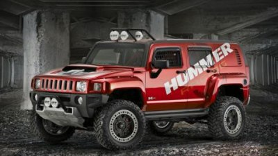 GM shoehorns the LS7 into the H3 Hummer