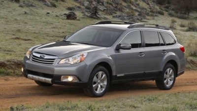 2010 Subaru Outback Breaks Cover At New York Auto Show