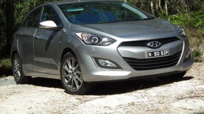 Hyundai i30 SR Manual Review