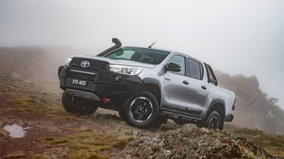2018 Toyota HiLux Rugged X road test review