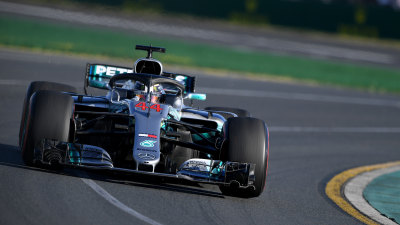Motorsport: Hamilton edges Verstappen on Friday in Melbourne