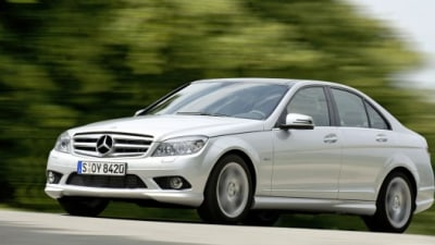 Mercedes-Benz Launches Super-Efficient Direct-Injected Engines For C-Class
