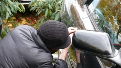 Number Plates, Cash and GPS Units Most Popular Targets For Thieves