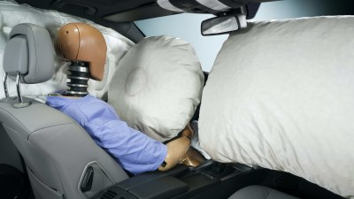 Takata airbag scandal: 68,000 owners refuse repairs, new warning to passengers