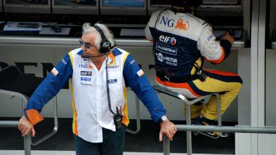 F1: Mosley Admits F1 Return For Briatore 'Possible', Epsilon Euskadi Yet To Complete 2011 F1 Budget