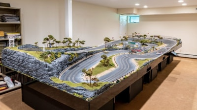 Slot-car track sells for $90,000 at auction in the US