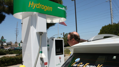 Toyota And Mazda Partnering On Hydrogen Fuel Cell Vehicles
