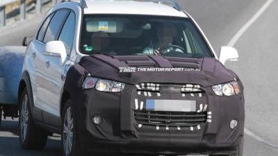 2015 Holden Captiva Facelift Spied Testing