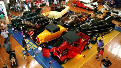 44th Annual Victorian Hot Rod Show Fires Up In Melbourne