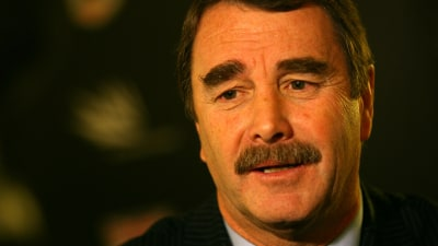 F1: Mansell Throws Weight Behind Group Lotus