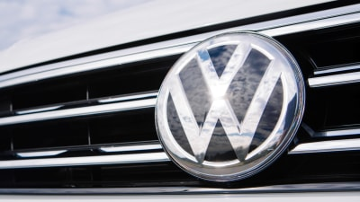 Volkswagen admits diesel cars 'would not have met limits' without special software mode