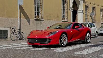 Ferrari 812 Superfast Spider coming in September - report
