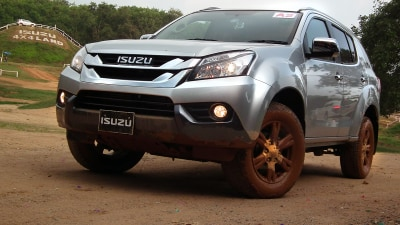 2014 Isuzu MU-X Review