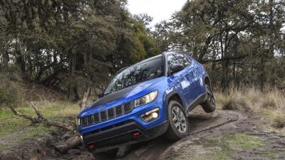 2017 Jeep Compass International Preview Drive | Bigger, Bolder, More Premium Junior Jeep