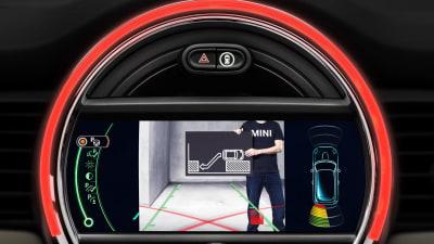 2014 MINI Cooper Reveals Its Driver Assist Systems