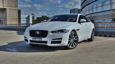 Jaguar XE 30t Portfolio 2018 new car review