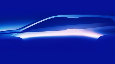 BMW teases iNext for 2021